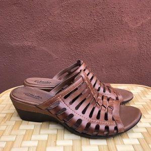 Clarks bendables leather clog sandals